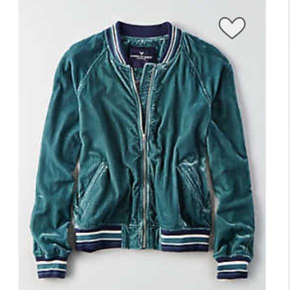 2bedf119a New AE Women's velvet bomber jacket